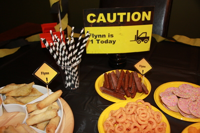 Easy construction themed birthday party