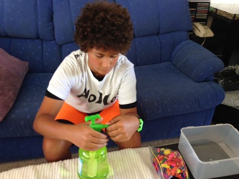 water bomb kit, water bomb, summer fun  - Product Review - Water Bomb Kit